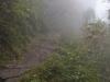 Między Bupsa a Luklą. Mgły, które na pięć dni unieruchomiły wszelki transport lotniczy.