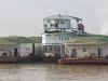 Rzeczne życie na Irrawaddy.