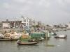 Dhaka, Saderghat, łodzie na rzece Buriganga.