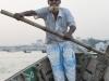 Dhaka, Saderghat, rzeka Buriganga o zmierzchu. Mój wioślarz.